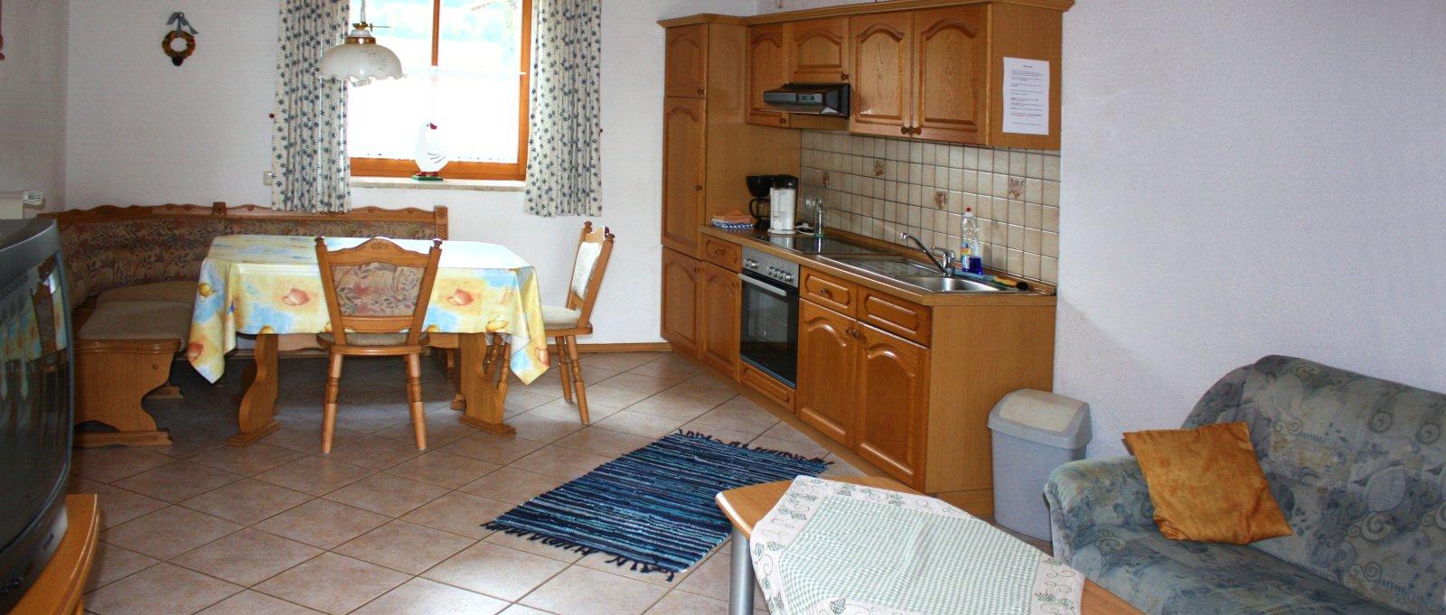breitbilder-nissl-stadtblick-ferienwohnungen-neunburg-vorm-wald-wohnen-kochen-1600